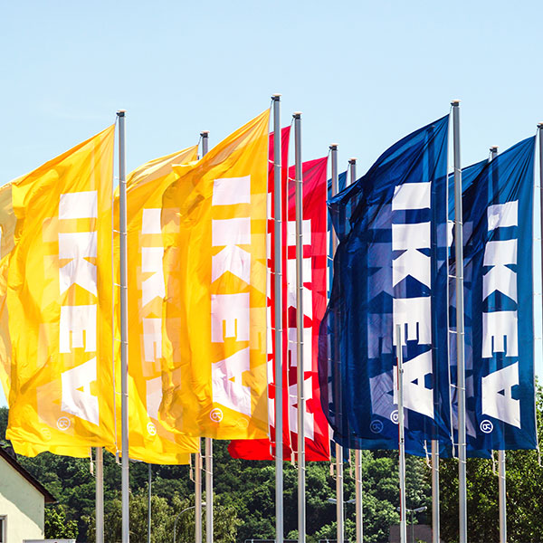 Gdzie wykorzystywane są flagi reklamowe?